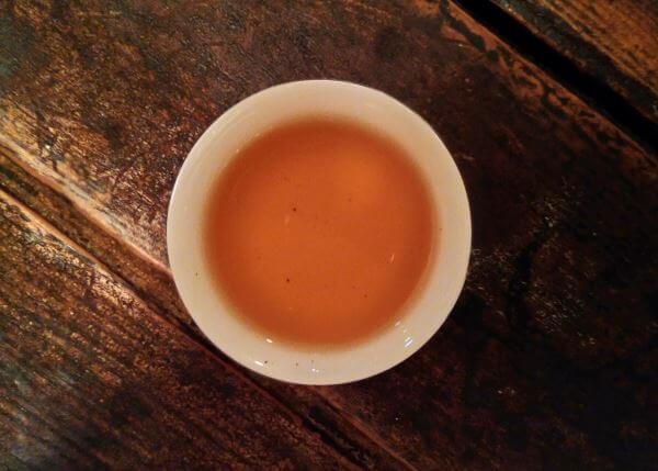 Licor de té puer