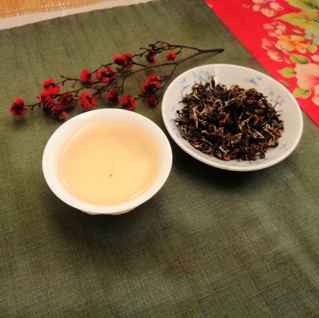 Té oolong Belleza Perfecta hebras secas y licor 6