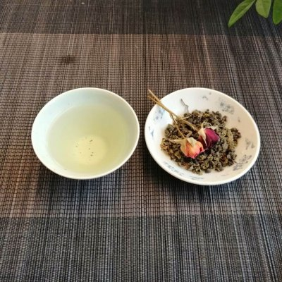 Té oolong aroma de osmanto 2019 licor y hebras secas 2